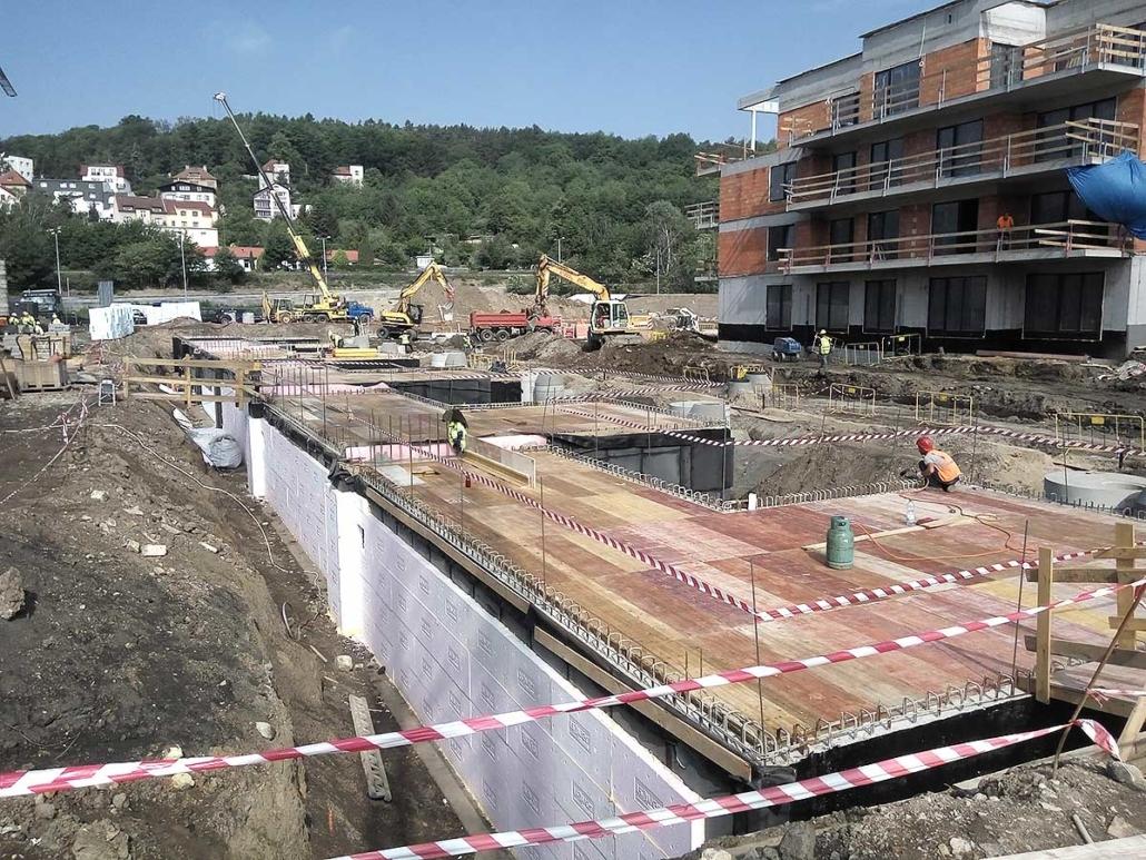Příprava území pro výstavbu komerčních a bytových objektů Waltrovka Praha