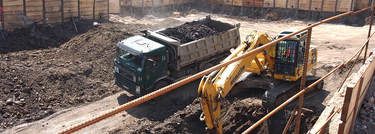 Výstavba základové jámy Mechanica Praha